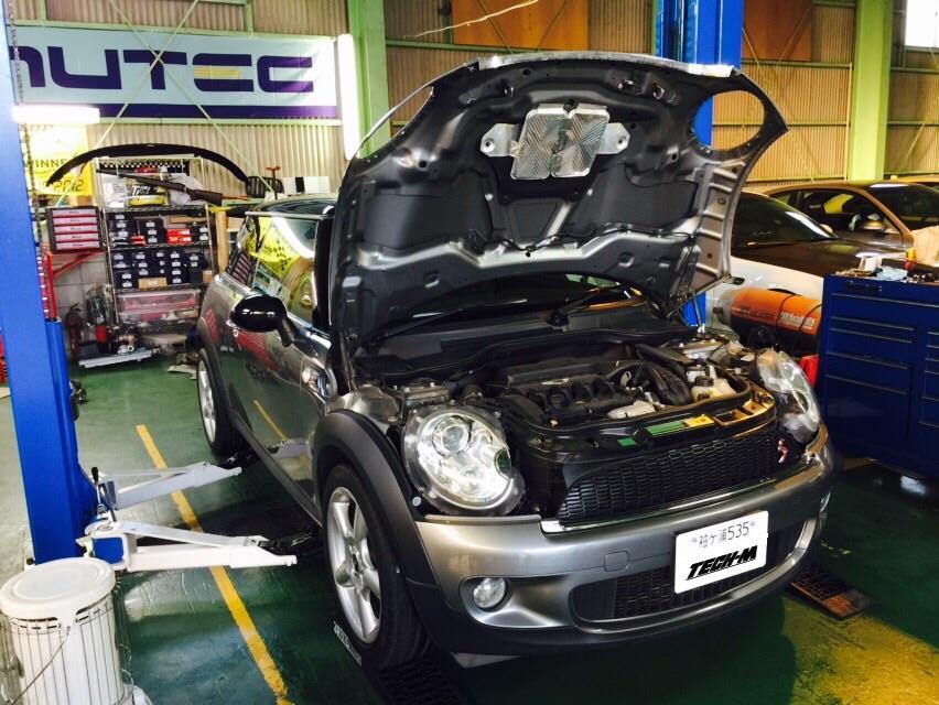 MINI R56 前期 N14 エンジン洗浄(カーボ除去)